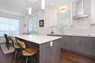 "Photo 7: 7 1338 FOSTER Street: White Rock Townhouse for sale in ""EARLS COURT"" (South Surrey White Rock)  : MLS®# R2051150"