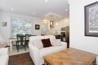 "Photo 4: 7 1338 FOSTER Street: White Rock Townhouse for sale in ""EARLS COURT"" (South Surrey White Rock)  : MLS®# R2051150"