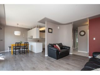 "Photo 4: 7 9559 208TH Street in Langley: Walnut Grove Townhouse for sale in ""DERBY CREEK"" : MLS®# R2072729"