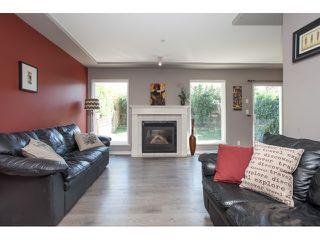 "Photo 2: 7 9559 208TH Street in Langley: Walnut Grove Townhouse for sale in ""DERBY CREEK"" : MLS®# R2072729"