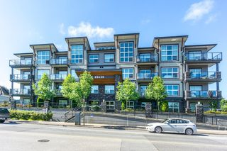 "Main Photo: 404 20630 DOUGLAS Crescent in Langley: Langley City Condo for sale in ""BLU"" : MLS®# R2085827"