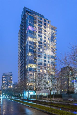 "Photo 13: 903 638 BEACH Crescent in Vancouver: Yaletown Condo for sale in ""YALETOWN"" (Vancouver West)  : MLS®# R2150314"
