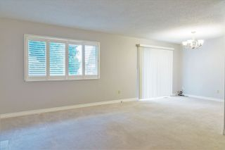 Photo 6: 2921 NEWCASTLE Place in Port Coquitlam: Glenwood PQ House 1/2 Duplex for sale : MLS®# R2157264