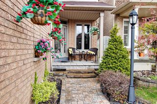 Photo 2: 114 Copley Street in Pickering: Highbush House (2-Storey) for sale : MLS®# E3787337