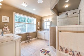 Photo 14: 1653 137 Street in Surrey: Sunnyside Park Surrey House for sale (South Surrey White Rock)  : MLS®# R2165376