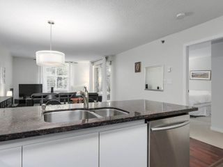 "Photo 12: 105 503 W 16TH Avenue in Vancouver: Fairview VW Condo for sale in ""PACIFICA"" (Vancouver West)  : MLS®# R2167564"