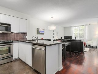 "Photo 2: 105 503 W 16TH Avenue in Vancouver: Fairview VW Condo for sale in ""PACIFICA"" (Vancouver West)  : MLS®# R2167564"