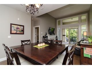 Photo 9: 312 15185 36TH Ave in South Surrey White Rock: Home for sale : MLS®# F1435736