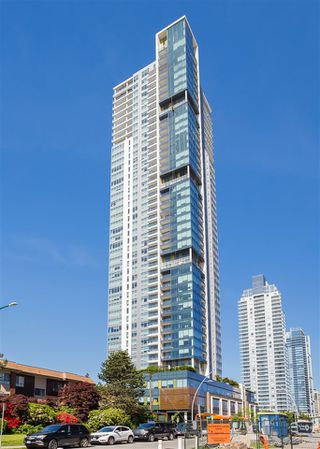 """Photo 2: 5309 6461 TELFORD Avenue in Burnaby: Metrotown Condo for sale in """"METROPLACE"""" (Burnaby South)  : MLS®# R2197670"""