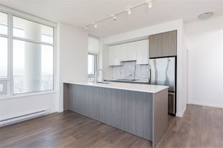 """Photo 7: 5309 6461 TELFORD Avenue in Burnaby: Metrotown Condo for sale in """"METROPLACE"""" (Burnaby South)  : MLS®# R2197670"""