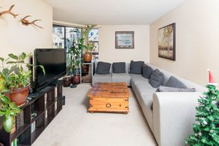"Photo 5: PH4 1040 PACIFIC Street in Vancouver: West End VW Condo for sale in ""CHELSEA TERRACE"" (Vancouver West)  : MLS®# R2226216"