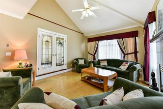 """Photo 5: 14183 86 Avenue in Surrey: Bear Creek Green Timbers House for sale in """"BROOKSIDE"""" : MLS®# R2232193"""
