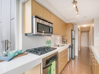 "Photo 6: 709 2770 SOPHIA Street in Vancouver: Mount Pleasant VE Condo for sale in ""STELLA"" (Vancouver East)  : MLS®# R2241610"