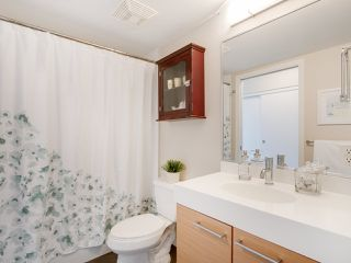 "Photo 17: 709 2770 SOPHIA Street in Vancouver: Mount Pleasant VE Condo for sale in ""STELLA"" (Vancouver East)  : MLS®# R2241610"