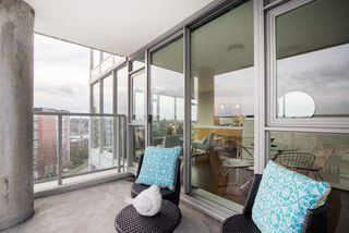 "Photo 13: 709 2770 SOPHIA Street in Vancouver: Mount Pleasant VE Condo for sale in ""STELLA"" (Vancouver East)  : MLS®# R2241610"