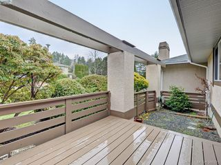 Photo 17: 4352 Parkwood Terrace in VICTORIA: SE Broadmead Strata Duplex Unit for sale (Saanich East)  : MLS®# 388375