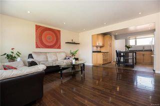 Photo 3: 4 Monaco Bay in Winnipeg: Windsor Park Residential for sale (2G)  : MLS®# 1810853