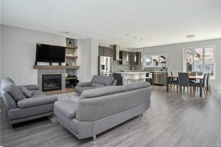 Photo 2: 252 Brookfield Crescent in Winnipeg: Bridgwater Lakes Residential for sale (1R)  : MLS®# 1812464