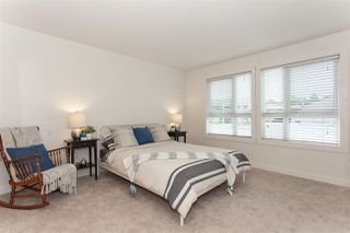 """Photo 11: 108 17740 58A Avenue in Surrey: Cloverdale BC Condo for sale in """"Derby Downs"""" (Cloverdale)  : MLS®# R2274025"""