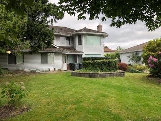 Photo 3: 18387 CLAYTONHILL Drive in Surrey: Cloverdale BC House for sale (Cloverdale)  : MLS®# R2275018