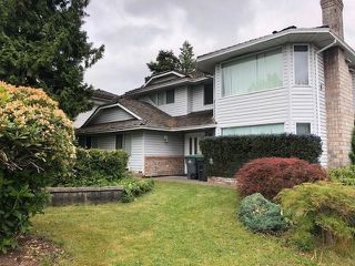 Photo 2: 18387 CLAYTONHILL Drive in Surrey: Cloverdale BC House for sale (Cloverdale)  : MLS®# R2275018