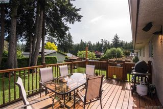 Photo 16: 542 Hallsor Drive in VICTORIA: Co Wishart North Single Family Detached for sale (Colwood)  : MLS®# 394851