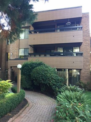 """Photo 2: 105 2620 FROMME Road in North Vancouver: Lynn Valley Condo for sale in """"TREELYN"""" : MLS®# R2322475"""