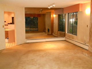 """Photo 13: 105 2620 FROMME Road in North Vancouver: Lynn Valley Condo for sale in """"TREELYN"""" : MLS®# R2322475"""