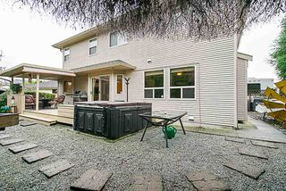 """Photo 17: 6558 187A Street in Surrey: Cloverdale BC House for sale in """"CHARTWELL ESTATES"""" (Cloverdale)  : MLS®# R2331442"""