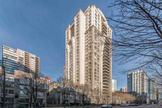 "Photo 3: 808 969 RICHARDS Street in Vancouver: Downtown VW Condo for sale in ""MONDRIAN II"" (Vancouver West)  : MLS®# R2332263"