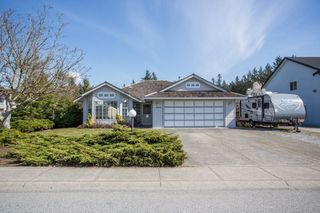 Photo 1: 12336 NIKOLA Street in Pitt Meadows: Central Meadows House for sale : MLS®# R2353717