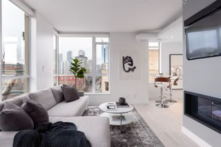 """Photo 2: PH6 1238 BURRARD Street in Vancouver: Downtown VW Condo for sale in """"The Altadena"""" (Vancouver West)  : MLS®# R2358244"""