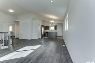 Photo 3: 904 Rockhill Lane in Martensville: Residential for sale : MLS®# SK770969