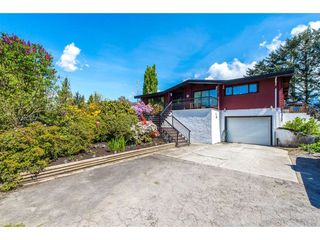 Photo 1: 8801 EAGLE Road in Mission: Dewdney Deroche House for sale : MLS®# R2367488