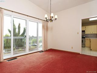 Photo 5: 7960 SEE SEA Pl in SAANICHTON: CS Saanichton Single Family Detached for sale (Central Saanich)  : MLS®# 814976