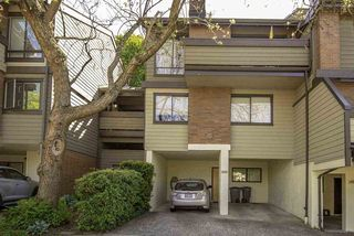 "Photo 2: 3949 ARBUTUS Street in Vancouver: Quilchena Townhouse for sale in ""ARBUTUS VILLAGE"" (Vancouver West)  : MLS®# R2375476"