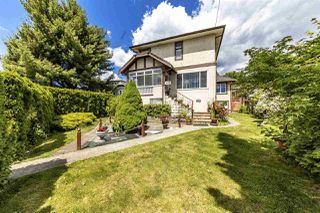 Main Photo: 432 E 6TH Street in North Vancouver: Lower Lonsdale House for sale : MLS®# R2377479
