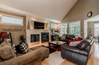 Photo 4: 7283 201 Street in Langley: Willoughby Heights House for sale : MLS®# R2379997