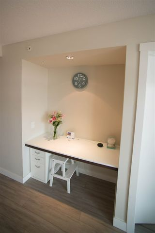 """Photo 3: 905 570 EMERSON Street in Coquitlam: Coquitlam West Condo for sale in """"UPTOWN 2"""" : MLS®# R2380327"""
