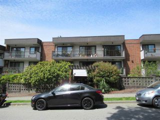 """Photo 2: 235 2033 TRIUMPH Street in Vancouver: Hastings Condo for sale in """"MACKENZIE HOUSE"""" (Vancouver East)  : MLS®# R2382398"""
