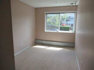 """Photo 17: 235 2033 TRIUMPH Street in Vancouver: Hastings Condo for sale in """"MACKENZIE HOUSE"""" (Vancouver East)  : MLS®# R2382398"""