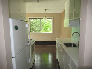 """Photo 11: 235 2033 TRIUMPH Street in Vancouver: Hastings Condo for sale in """"MACKENZIE HOUSE"""" (Vancouver East)  : MLS®# R2382398"""