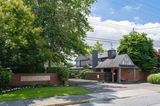 "Photo 1: 40 6100 WOODWARDS Road in Richmond: Woodwards Townhouse for sale in ""STRATFORD GREEN"" : MLS®# R2383765"