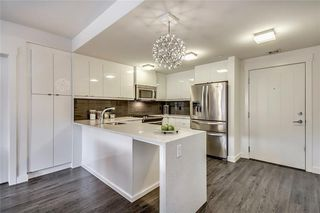 Photo 2: 227 15 ASPENMONT Heights SW in Calgary: Aspen Woods Apartment for sale : MLS®# C4275750