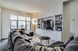 Photo 1: 227 15 ASPENMONT Heights SW in Calgary: Aspen Woods Apartment for sale : MLS®# C4275750