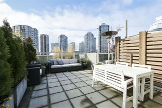 "Photo 18: 805 33 W PENDER Street in Vancouver: Downtown VW Condo for sale in ""33 Living"" (Vancouver West)  : MLS®# R2431559"
