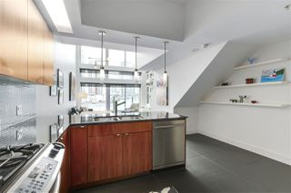 "Photo 11: 805 33 W PENDER Street in Vancouver: Downtown VW Condo for sale in ""33 Living"" (Vancouver West)  : MLS®# R2431559"