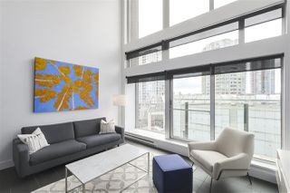 "Photo 6: 805 33 W PENDER Street in Vancouver: Downtown VW Condo for sale in ""33 Living"" (Vancouver West)  : MLS®# R2431559"