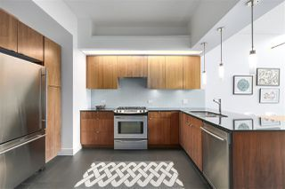 "Photo 10: 805 33 W PENDER Street in Vancouver: Downtown VW Condo for sale in ""33 Living"" (Vancouver West)  : MLS®# R2431559"