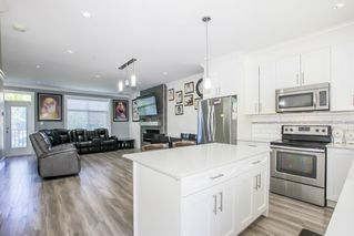Photo 15: 16 6055 138 Street in Surrey: Sullivan Station Townhouse for sale : MLS®# R2456765